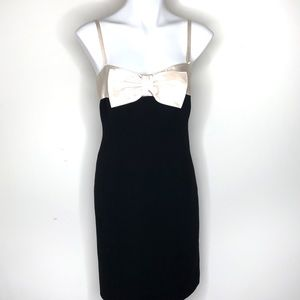 Teri Jon Black & White Sleeveless Bow Dress 6